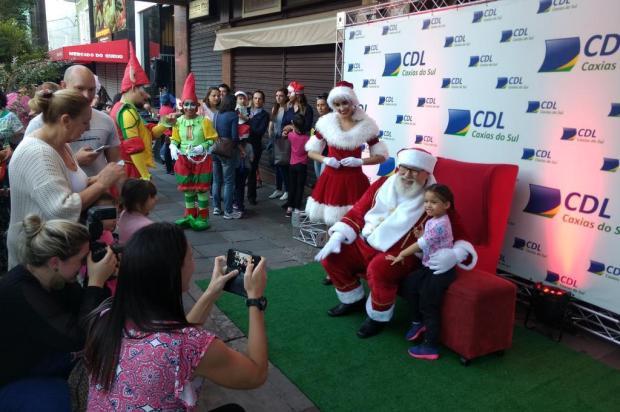 Chegada do Papai Noel anima público no centro de Caxias do Sul Kamila Mendes/Agencia RBS