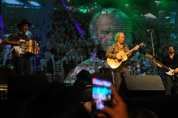 Segunda noite de MDBF foi marcada pelas apresentações frenéticas de Chris Jagger e Blues Etílicos Marcelo Casagrande/Agencia RBS
