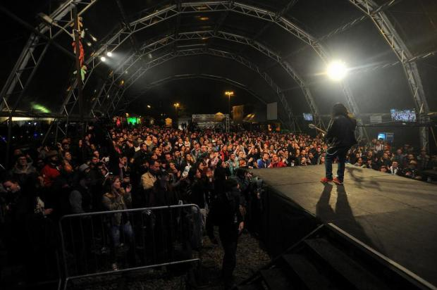 Mesmo sob temporal em Caxias, público prestigia a última noite do 10º Mississippi Delta Blues Festival Marcelo Casagrande/Agencia RBS
