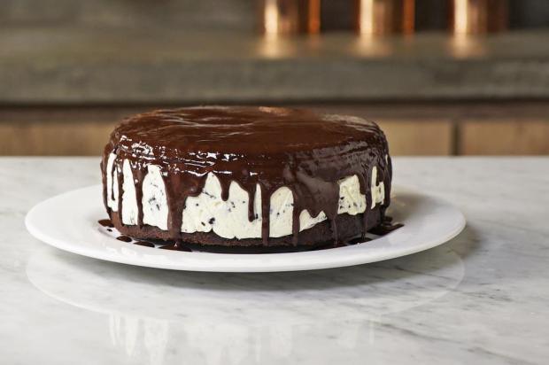 Sirva bolo de torta de sorvete Tastemade/Divulgação
