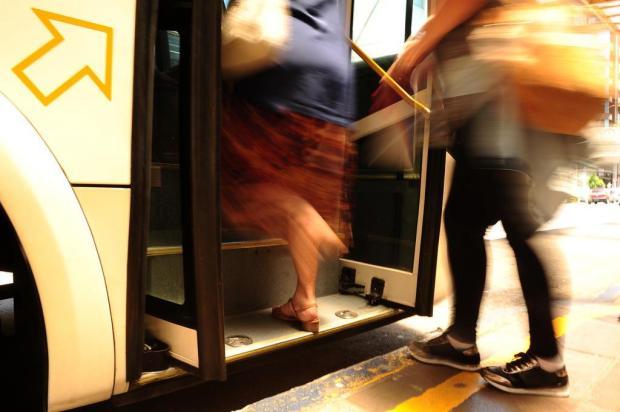 O que pensam os vereadores sobre a proposta de trocar o dia do passe livre nos ônibus de Caxias do Sul Diogo Sallaberry/Agencia RBS