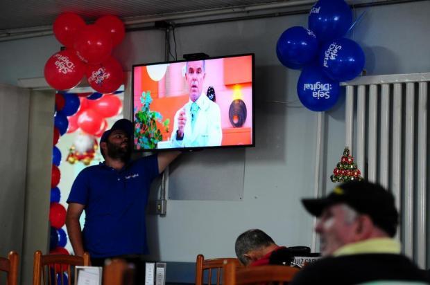 Lar da Velhice recebe kit gratuito para ter acesso ao sinal digital de TV em Caxias Felipe Nyland/Agencia RBS