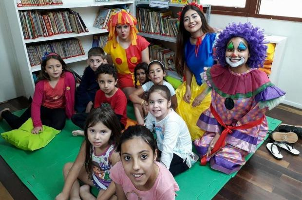 3por4: Bairro Santa Fé, em Caxias, ganha biblioteca comunitária Juliana Rossa/Divulgação
