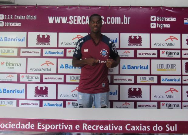 Caxias apresenta atacante Ramon para o Gauchão 2018 Vitor Soccol / Caxias, Divulgação/Caxias, Divulgação