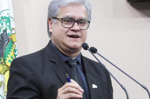 """Presidente da Câmara de Caxias cobra desfecho do caso do """"corretivo"""" Felipe Padilha/Divulgação"""