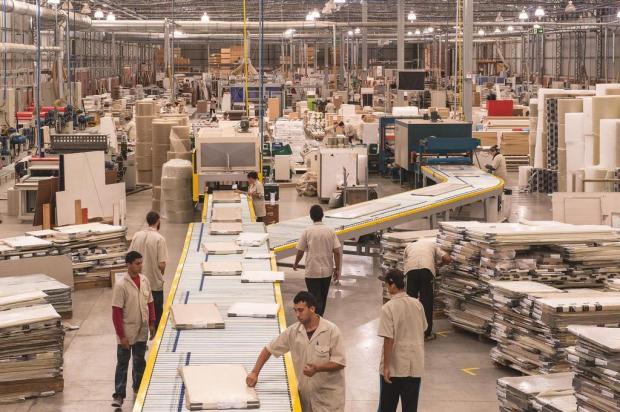Indústria de móveis da Serra fecha 2017 com 25 novas lojas e estreia em quatro Estados Jeferson Soldi/divulgação