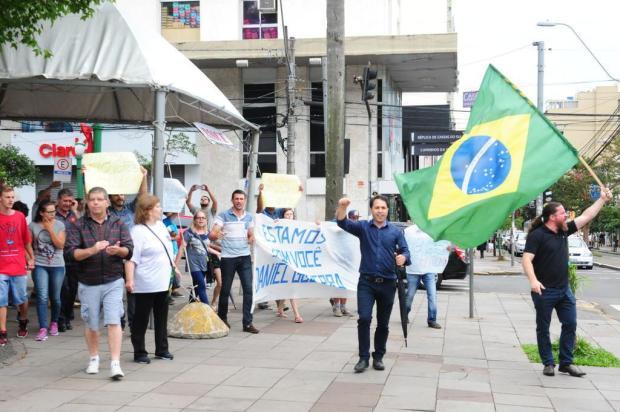 Ato em apoio ao prefeito de Caxias do Sul foi fraco e ficou longe de sensibilizar Roni Rigon/Agencia RBS