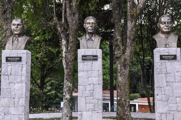 Memória: homenagem aos fundadores da UCS Claudia Velho/Divulgação