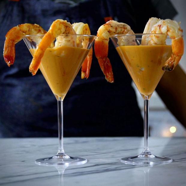 Experimente coquetel de camarão /