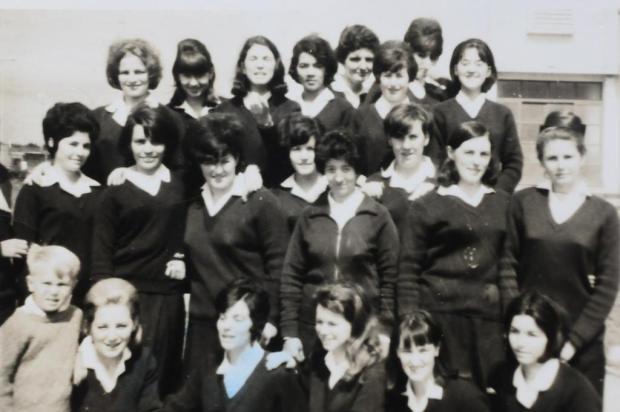 Memória: professoras da Duque de Caxias em 1967 Studio Tomazoni/Divulgação