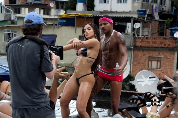 3por4: carioca Rodrigo Motta, 26 anos, faz sucesso após aparecer no clipe Vai malandra, de Anitta Divulgação/Divulgação