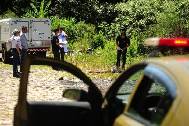 Peritos identificam mulher assassinada no interior de Caxias do Sul Diogo Sallaberry/Agencia RBS