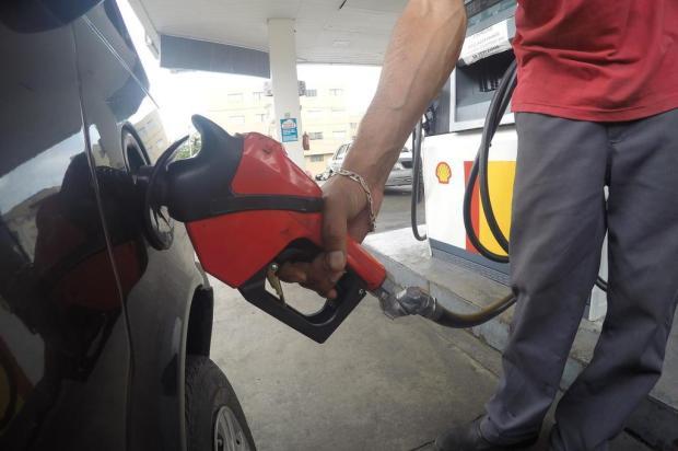 Ano começa com gasolina a R$ 4,50 em Caxias do Sul Porthus Junior/Agencia RBS
