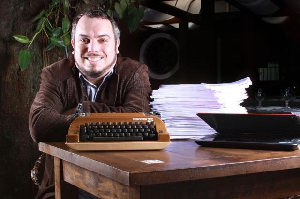 3por4: Maurício Gyboski volta a integrar o grupo de roteiristas da Globo JULIANA FUHR/divulgação