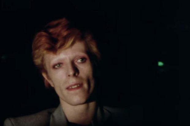 3por4: Documentário sobre carreira de David Bowie acaba de estrear na HBO Reprodução/YouTube