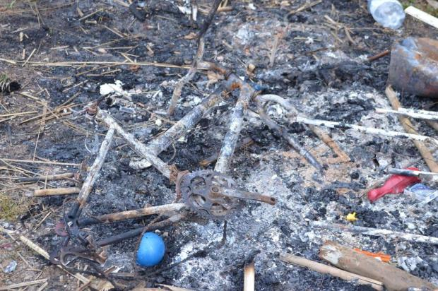 Prefeitura de Flores da Cunha diz que índios colocaram fogo em doações da comunidade Fábio Carnesella/divulgação