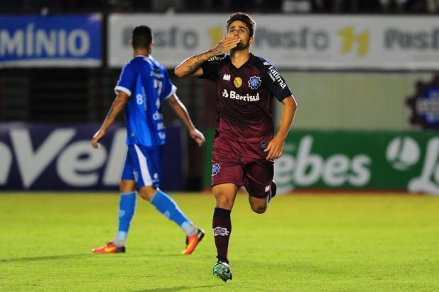 Jogadores do Caxias comemoram largada com goleada sobre o Novo Hamburgo Porthus Junior/Agencia RBS