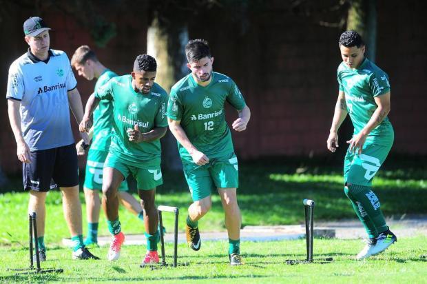 Momento do atacante Guilherme Queiróz contrasta com fase do Juventude Porthus Junior/Agencia RBS