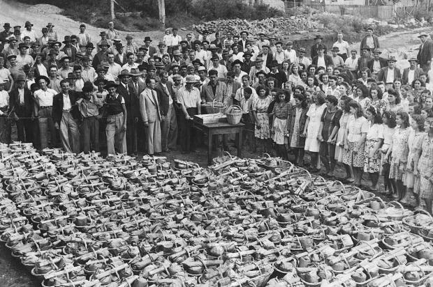 Memória: ranchos no Lanifício Gianella em 1941 Acervo Arquivo Histórico Municipal João Spadari Adami/divulgação