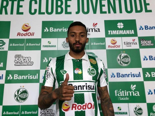 Apresentado no Juventude e liberado no BID, César Martins deve estrear no domingo Porthus Junior / Agência RBS/Agência RBS