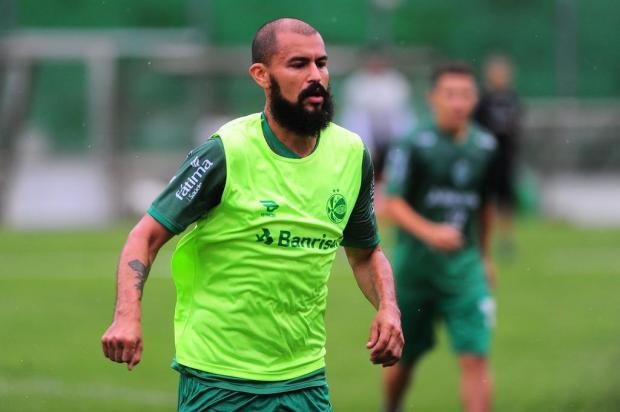 Liberado, Ricardo Jesus viaja às pressas e pode estrear pelo Juventude na Copa do Brasil Porthus Junior/Agencia RBS