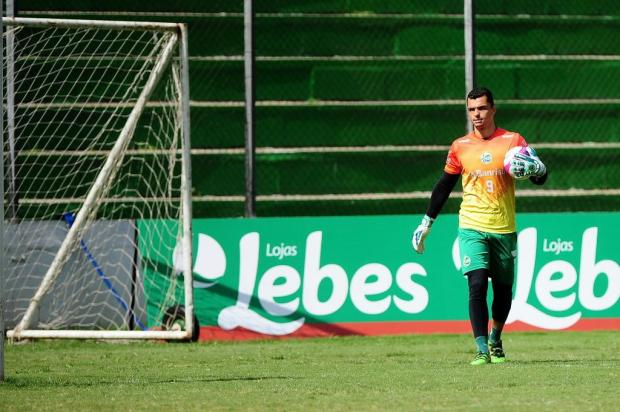 Goleiro Douglas cita amadurecimento e se diz confiante para nova chance como titular do Juventude Marcelo Casagrande/Agencia RBS