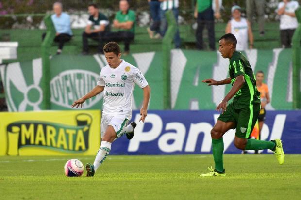 Juventude abre dois gols de vantagem, mas cede empate em 2 a 2 para o Avenida Arthur Dallegrave / Juventude, Divulgação/Juventude, Divulgação