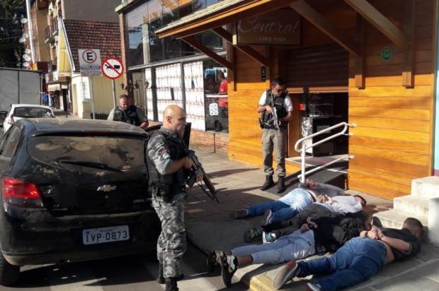 Brigada Militar frustra roubo a relojoaria e seis são presos em Canela Brigada Militar/Divulgação