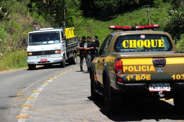 Ladrões que atacaram carro-forte em Bento Gonçalves podem ter fugido para Viamão Porthus Junior/Agencia RBS