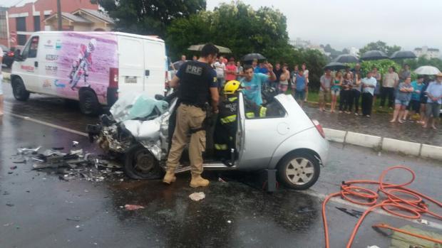 Seis pessoas ficam feridas após grave acidente na BR-470, em Veranópolis Polícia Rodoviária Federal / divulgação/divulgação