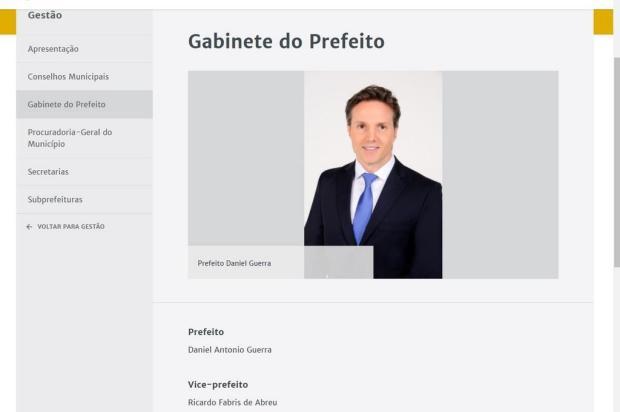 No novo site da prefeitura de Caxias do Sul, Fabris é citado como vice Reprodução/Internet