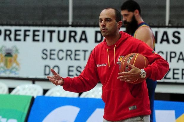 Rodrigo Barbosa, do Caxias Basquete, será um dos técnicos do Jogo das Estrelas do NBB 10 Marcelo Casagrande/Agencia RBS