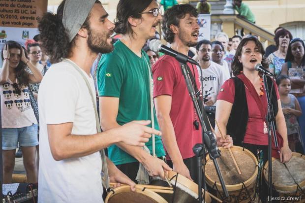 3por4: Grupo Zingado propõe Troça de Carnaval neste fim de semana em Caxias Jéssica Drew/Divulgação