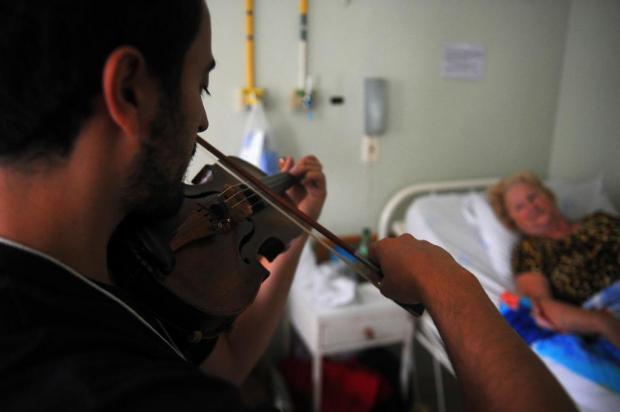 Gramado in Concert oferece música para os pacientes do Hospital Arcanjo São Miguel Felipe Nyland/Agencia RBS