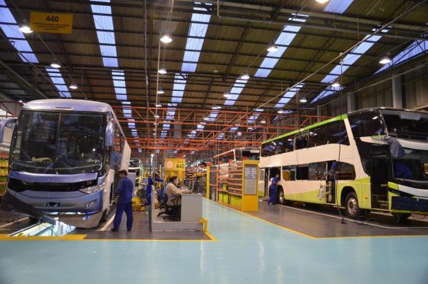 Marcopolo, de Caxias, encerra sequência de três anos consecutivos de queda na produção de ônibus Méri Steiner/Divulgação