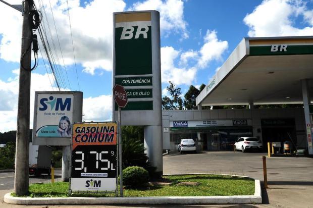 Procon vê circo da gasolina comum em Caxias do Sul Diogo Sallaberry/Agencia RBS