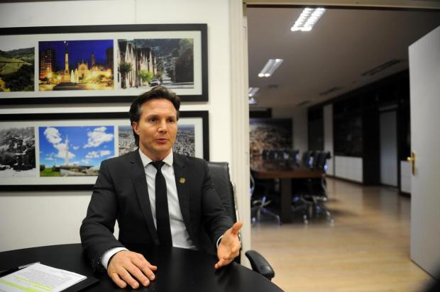 Prefeito de Caxias terá que pagar multa de R$ 30 mil por rejeição de contas da campanha eleitoral Felipe Nyland/Agencia RBS