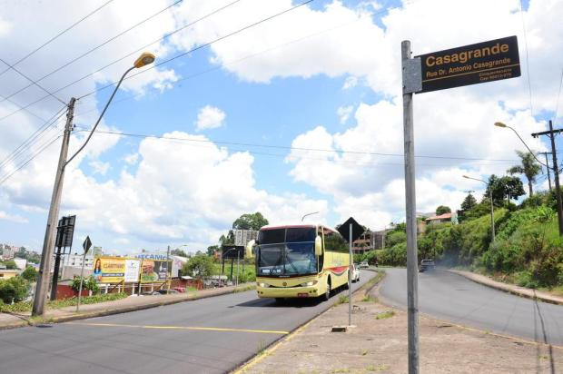 Após a retirada de quebra-molas, travessia ficou mais perigosa para pedestres em Caxias do Sul Roni Rigon/Agencia RBS