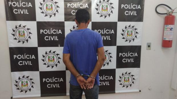 Polícia Civil prende dois investigados por assalto em bar de Farroupilha Polícia Civil / Divulgação/Divulgação