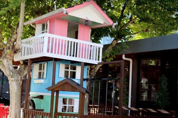 Restaurante de Caxias inaugura Casa na Árvore para o público infantil Avesso Marketing Digital/divulgação