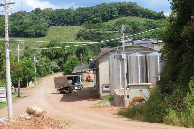 Obras de pavimentação de oito estradas do interior de Caxias devem começar em 2018 Roni Rigon/Agencia RBS