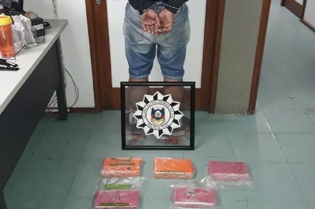 Homem é preso por tráfico de drogas, em Bento Gonçalves PRF / Divulgação/Divulgação