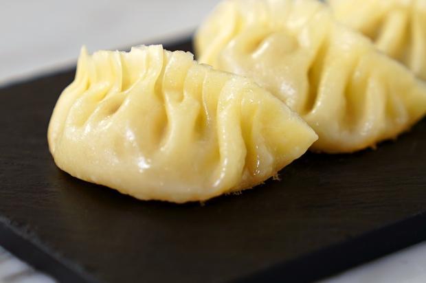 Aprenda a fazer guioza, um prato típico da culinária asiática Tastemade / Divulgação/Divulgação