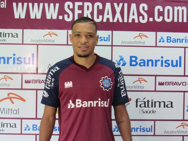 Apresentado, atacante Nathan poderá estrear pelo Caxias na quarta-feira Vitor Soccol / Caxias / Divulgação/Caxias / Divulgação