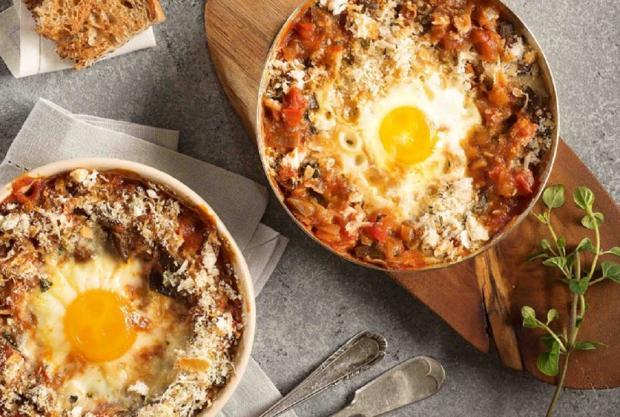 Sirva caçarolinha de ovo com tomate e berinjela Nestlé / Divulgação/Divulgação