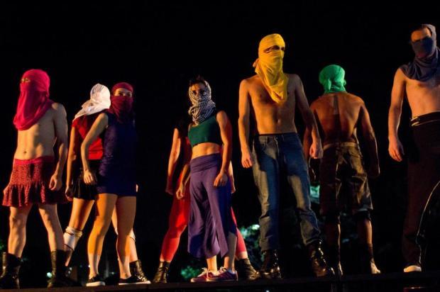 """Cia. Rústica mostra """"Cidade Proibida"""" domingo, na Praça da Bandeira, em Caxias do Sul Adriana Marchiori/Divulgação"""