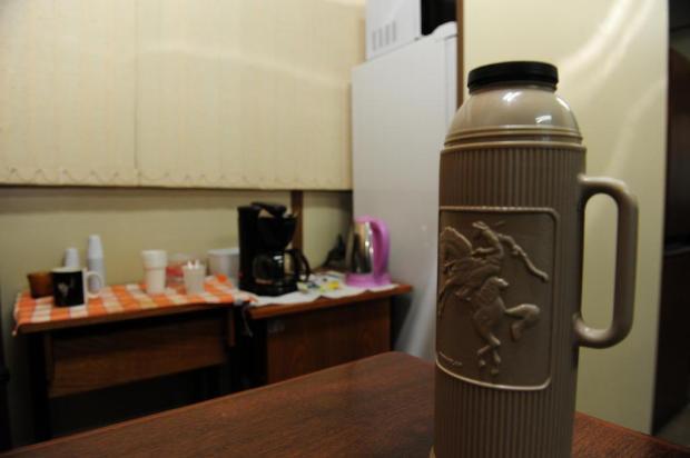 Vereador reclama de deboche de colegas após usar cafeteira própria na Câmara de Caxias Roni Rigon/Agencia RBS