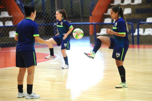 Seleção brasileira de futsal feminino encara o Paraguai em Carlos Barbosa Diogo Sallaberry/Agencia RBS