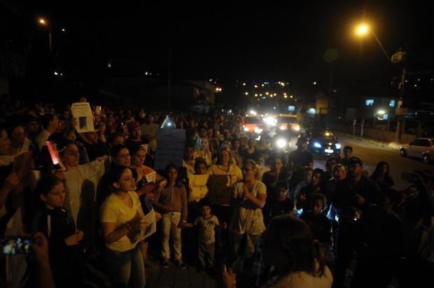 Ato mobiliza centenas de pessoas em busca de menina desaparecida em Caxias do Sul Marcelo Casagrande/Agencia RBS