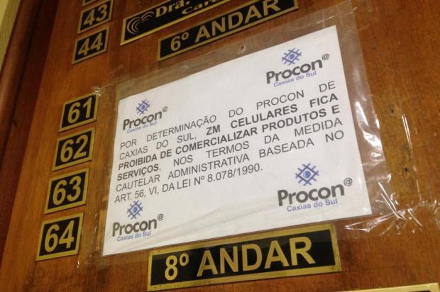 Procon de Caxias proíbe loja de vender celulares após consumidores não receberem aparelhos André Fiedler/Agência RBS